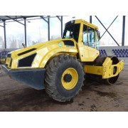 Single Drum Soil Compactor Bomag BW 213 D-4i - 2015 - 2.370h