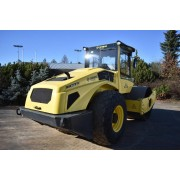 Single Drum Soil Compactor Bomag BW 213 D-5 - 2017 - 2.900h